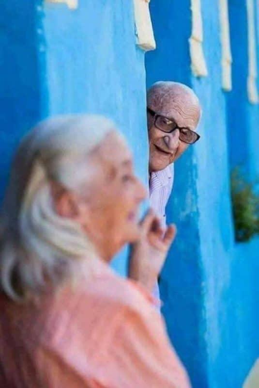 tình yêu tuổi già 1 685x1024 - Bộ ảnh về tình yêu tuổi già cực kỳ đẹp và dễ thương